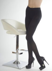 What You Need to Know About Colored Tights